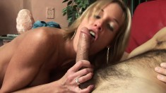 Slender babe Jordan begs to bounce on a throbbing jackhammer