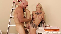 She enjoys a hot stand up fuck and savors the taste of his rod coming out of her twat