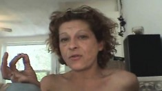 Slutty Mature Lady With Glasses Annie Satisfies Her Lust For Hard Meat