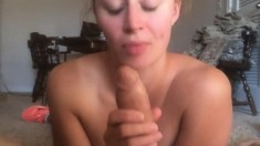 Amateur fucking and a big facial
