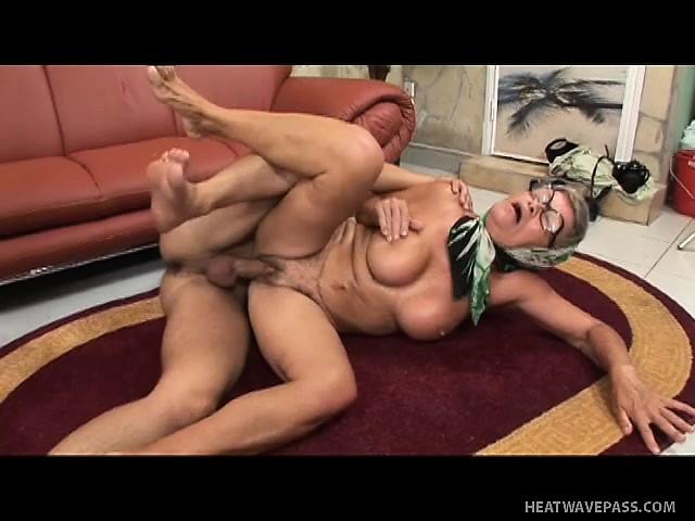 Lesbian sex in panties