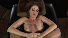 Nikki Coxxx knows how to satisfy her man by handling his prick