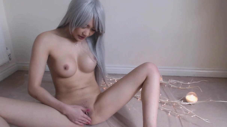 Emo Girl Masturbating Squirt