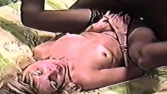 Interracial amateur sex with creampie for blonde milf