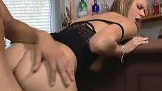 Big boob blonde does oral and gets her snatch nailed by his big dick